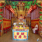 vegetarian-festival-2016-bangneaw-shrine015.JPG