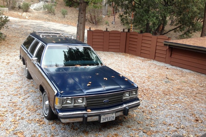 1991 ford crown victoria country squire station wagon Hire Palm Desert