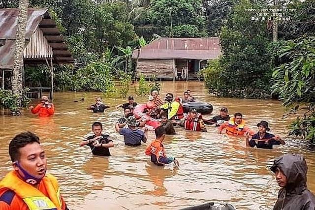 BANJAR banjir INDONESIA banjir