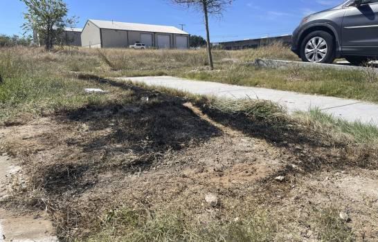 Hallan tres cuerpos desmembrados en contenedor de basura en Texas