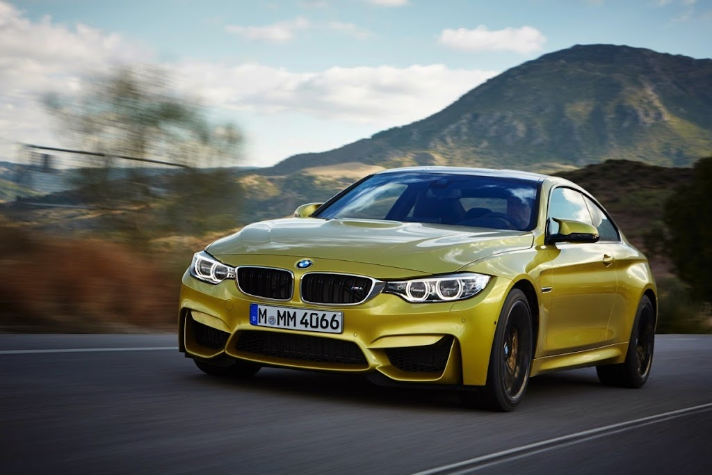 2015 BMW M4 Coupe 15