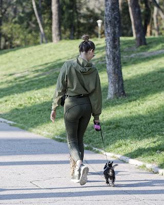 Yemekten sonra yürüyüş