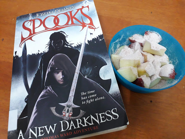 Spooks: A New Darkness (The Starblade Chronicles #1) by Joseph Delaney