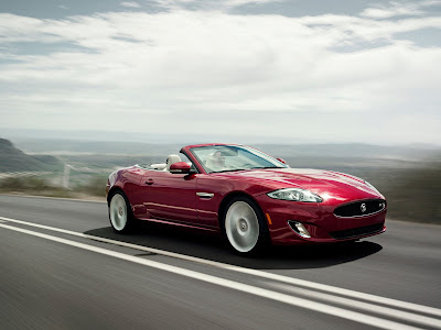 Jaguar-XKR_2012_1600x1200_Front_Angle_01
