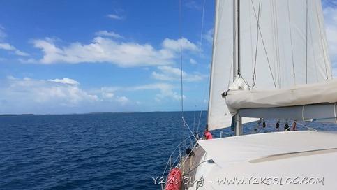 In navigazione verso sud - Rangiroa