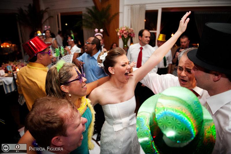 Foto de casamento 2114 de Christiane e Omar. Marcações: 17/12/2010, Casamento Christiane e Omar, Rio de Janeiro.