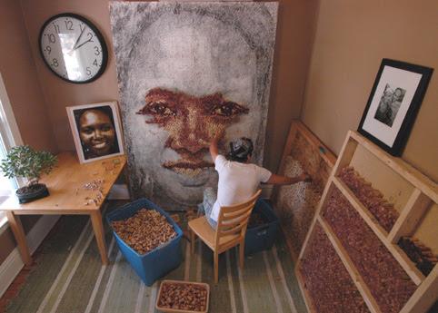 Scott Gundersen, retratos con tapones de corcho de vino