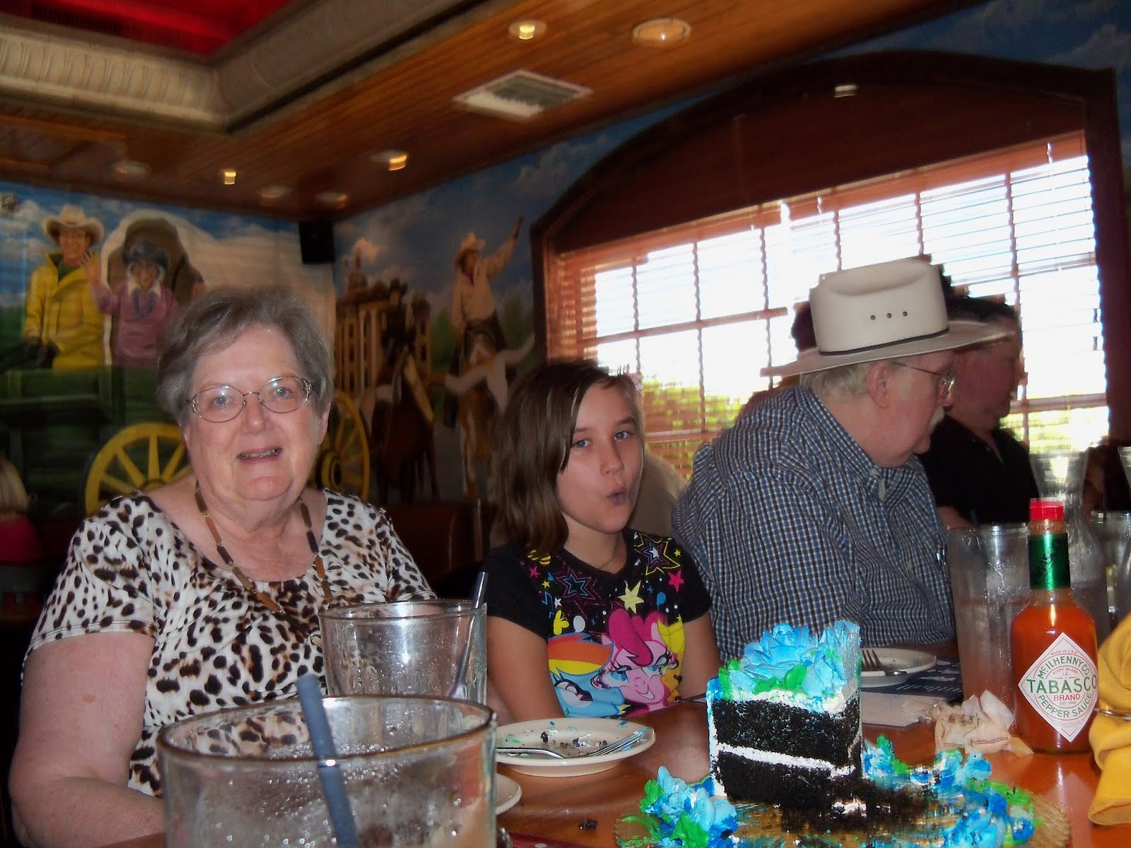 Moms 70th Birthday and Labor Day - 117_0148.JPG