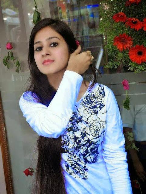 photos Desi collagegirls hottes