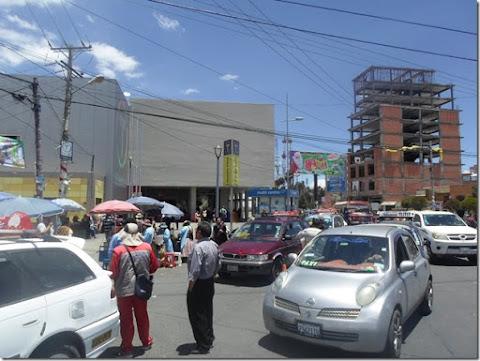El Alto: Teleférico generador de economía