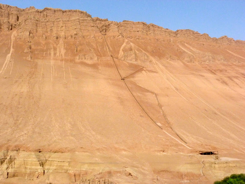 XINJIANG.  Turpan. Ancient city of Jiaohe, Flaming Mountains, Karez, Bezelik Thousand Budda caves - P1270920.JPG