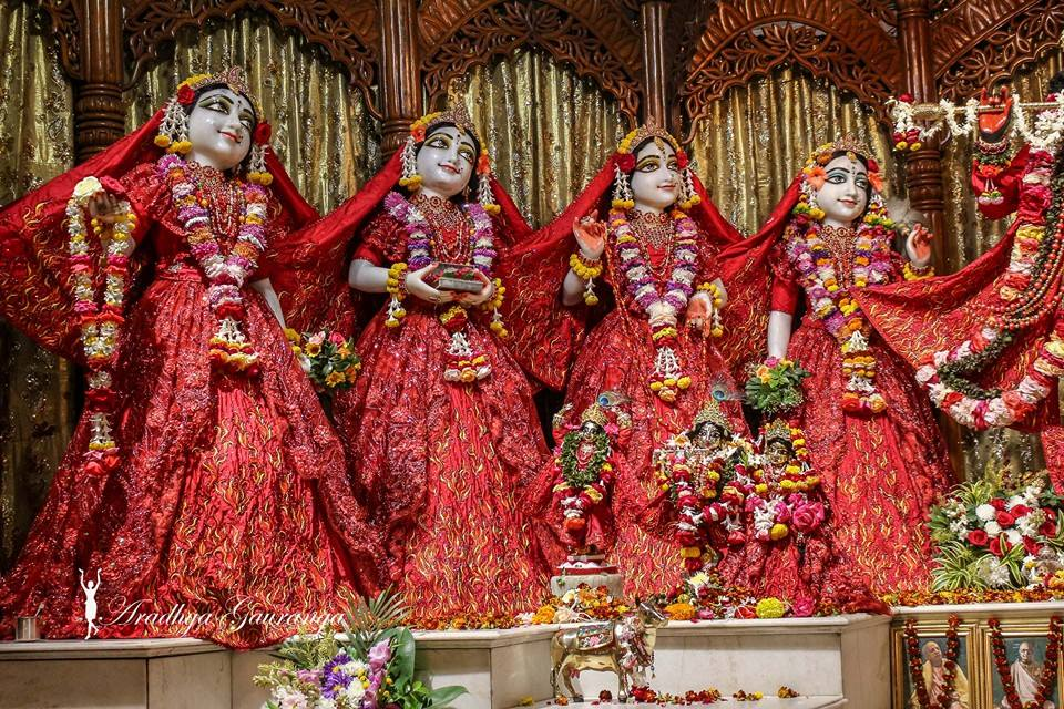 ISKCON Mayapur Deity Darshan 06 Jan 2015 (3)