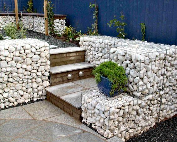 nuova aiuola in ombra- realizzare un muretto da giardino-piante da ...