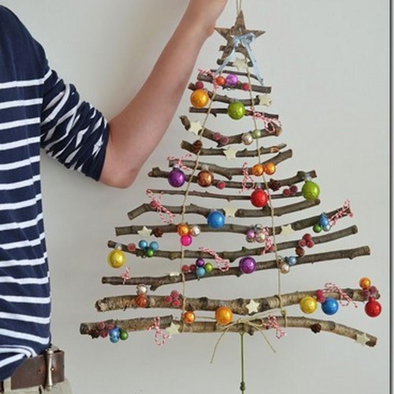 Arbol de Navidad hecho con ramas secas