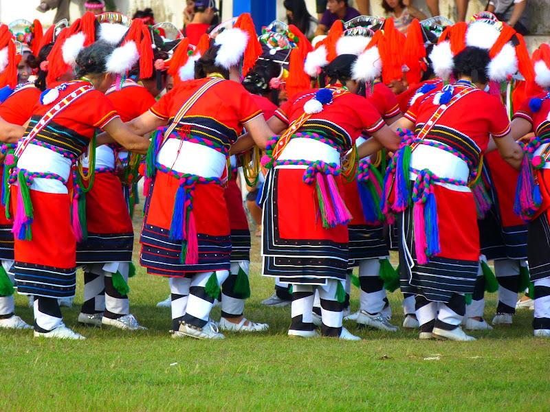 Hualien County. Liku lake. Danses Amis J 2 - liyu%2B2%2B494.JPG