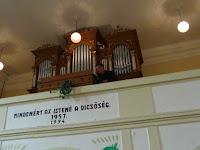 24 Mozer János, Mezőkövesd karnagy-kántora orgonajátékkal örvendeztette meg a gyülekezetet.JPG