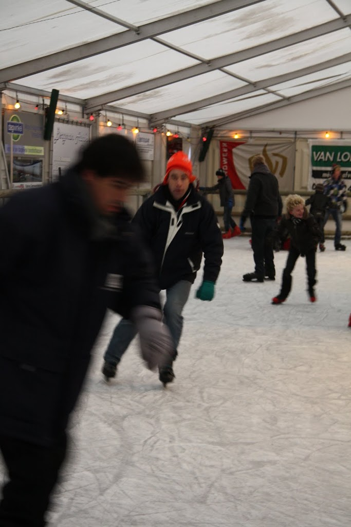 Sinterklaas bij de schaatsbaan - IMG_0383.JPG