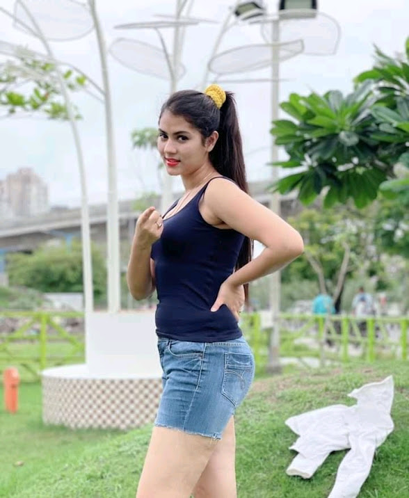 Rittika Sen is an Indian actress who has starred in Bengali and some others cinemas. She was the Most Desirable Woman in 2015 listed in Culcutta Times. She has started her career starring in 100% Love (2012) Bengali movie playing role of Soniya. Besides, she has acted in many films in the female lead role. Rittika Sen was born in Kolkata, India on 5th December, 2000. She is 1.65 m. in height and is taking education from Indira Gandhi Memoril High School in Dum Dum city.