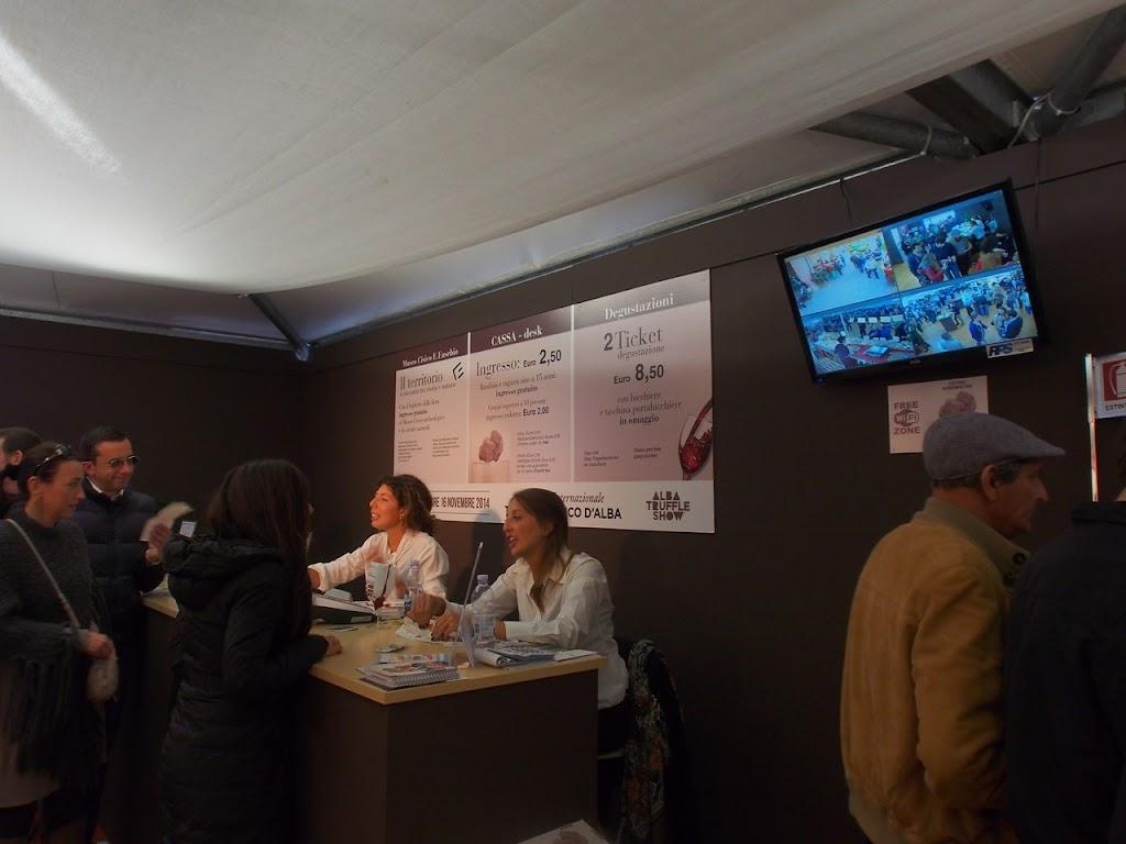 italy-alba-truffle-ticket