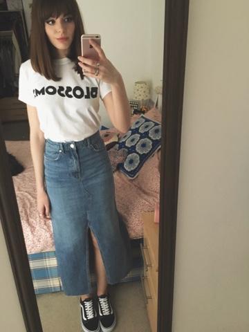 63291887e5f0cd T-Shirt- Blossoms Merch Stand Denim Midi- Topshop Old Skool Vans- Size