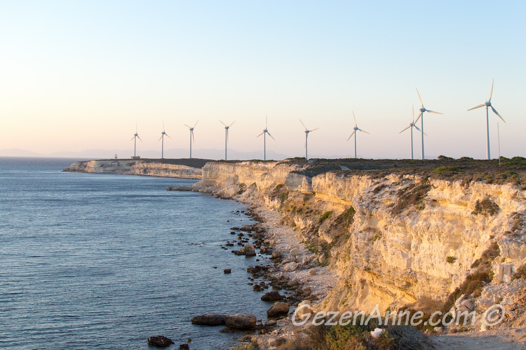 Bozcaada, rüzgar türbinleri ve Polente