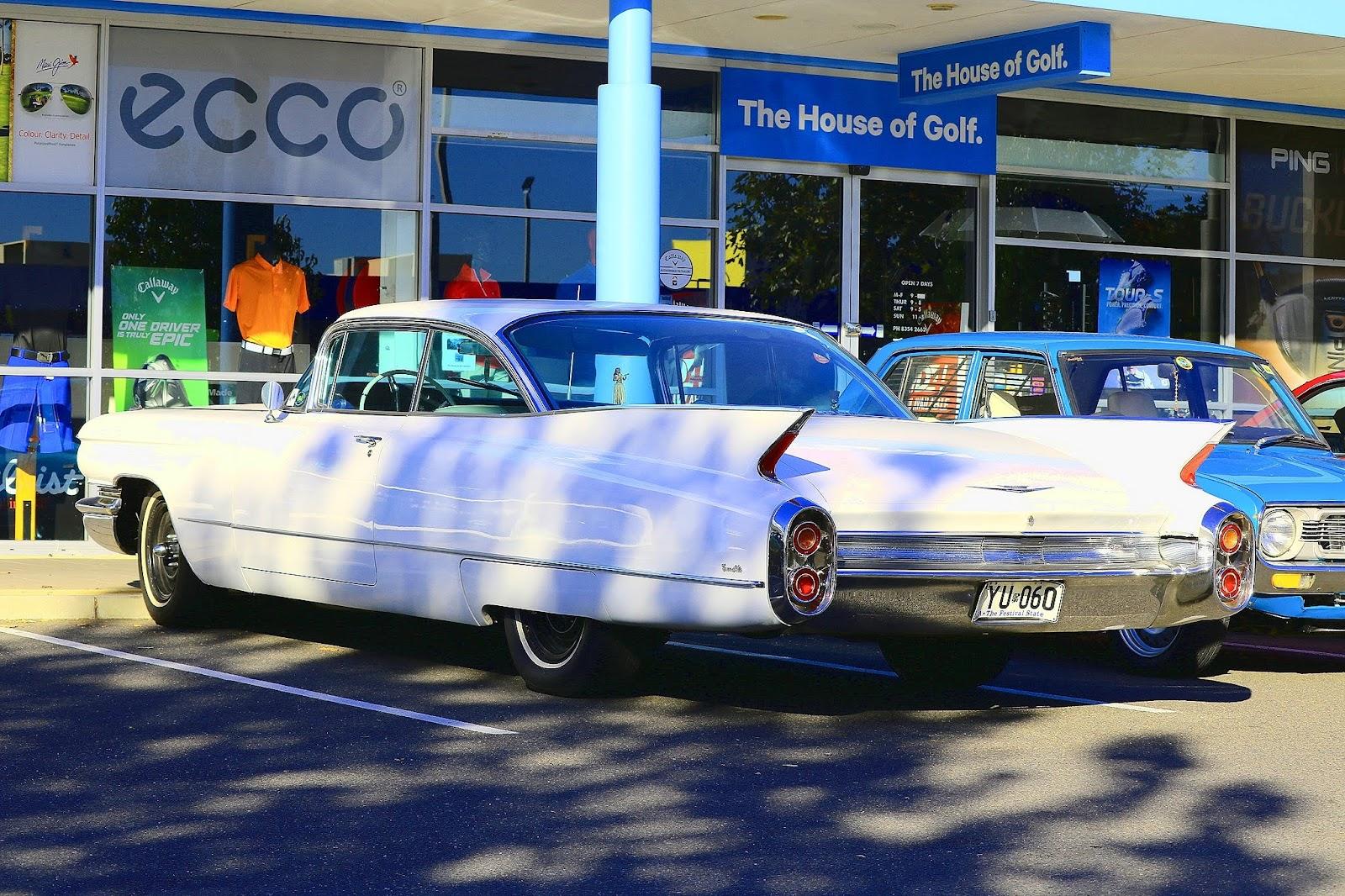 Cadillac Fins.jpg
