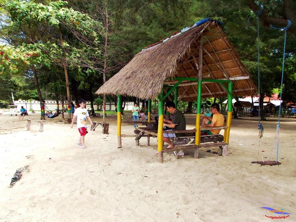 family trip pulau pari 140716 Fuji 004