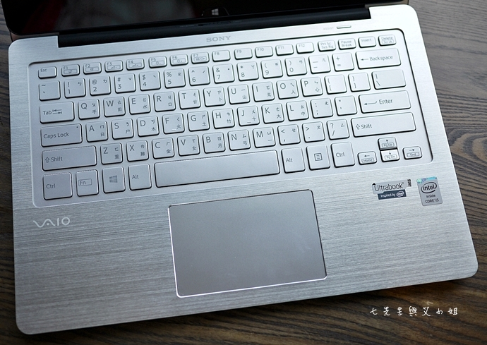 6 Sony VAIO Fit 13A