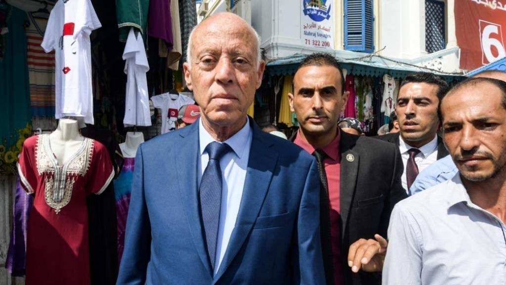 أرقام رسمية : قيس سعيد في طريق مفتوحة لكرسي الرئاسة بفارق مريح عن بقية المترشحين