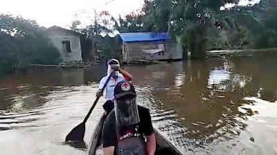 PPDP di Sekadau Lewati Banjir untuk Lakukan Coklit