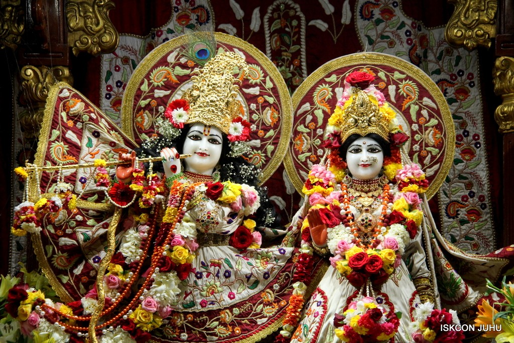 ISKCON Juhu Sringar Deity Darshan on 2nd Jan 2017 (4)