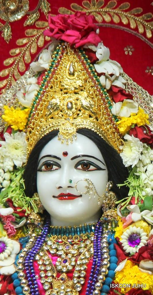 ISKCON Juhu Sringar Deity Darshan on 1st May 2016 (29)