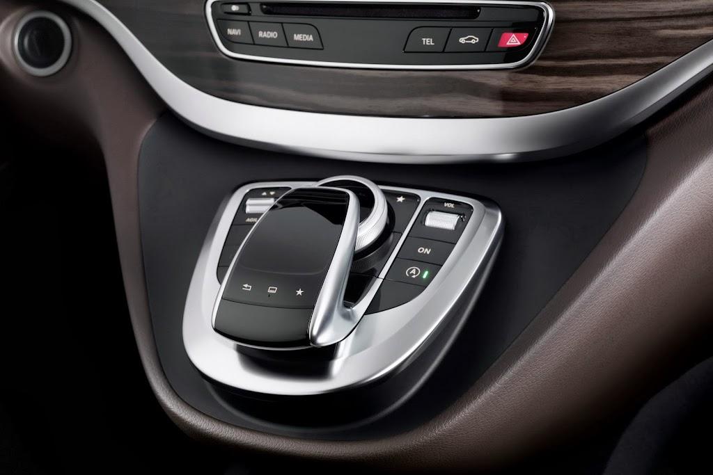2014-Mercedes-V-Serisi-27