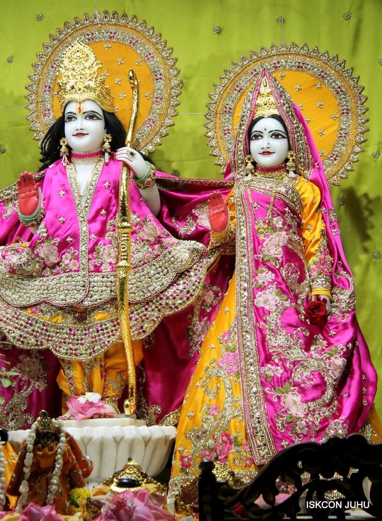 ISKCON Juhu Mangal Deity Darshan on 24th Aug 2016 (5)