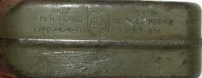 Knijpkat met Philips logo.