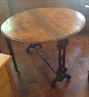 516j - Antique walnut Sunderland folding table £165.00