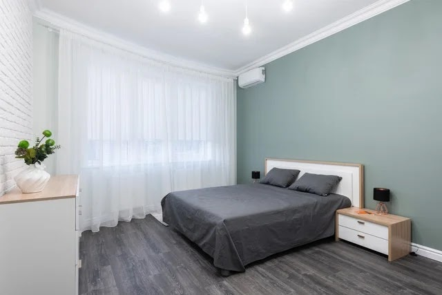 Air conditioner in a bedroom