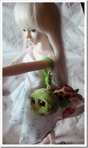 Hikaru the BJD Wearing Zippy the Turtle