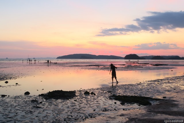 Pink colours of twilight as seen from Nopparat Thara Beach