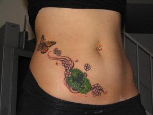 borboleta_e_sapo_tatuagem_no_estmago