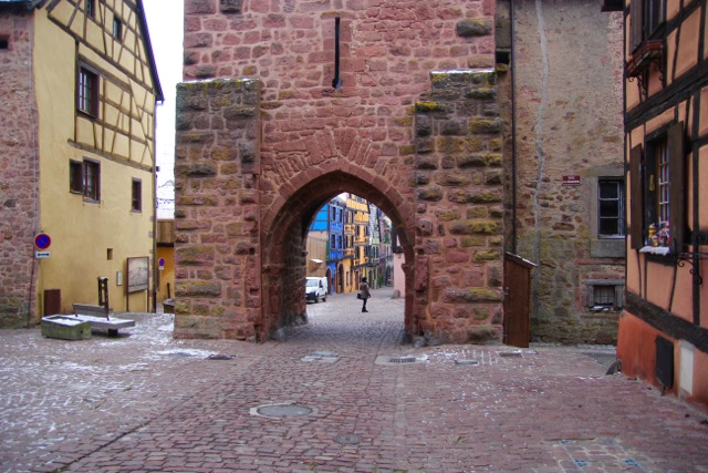 """The fortified Gatehouse, the C15 walled """"city"""" of Riquewihr, Alsace Wine Route"""