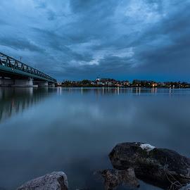 by Thomas Berwein - City,  Street & Park  Skylines
