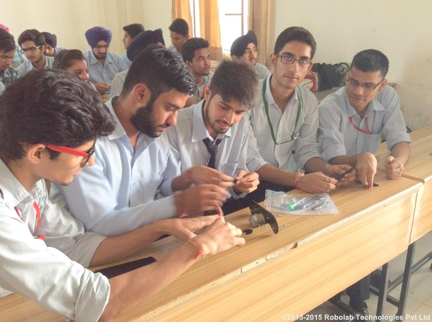 Amritsar College Of Engineering and Technology, Amritsar Robolab 15 (31).jpg