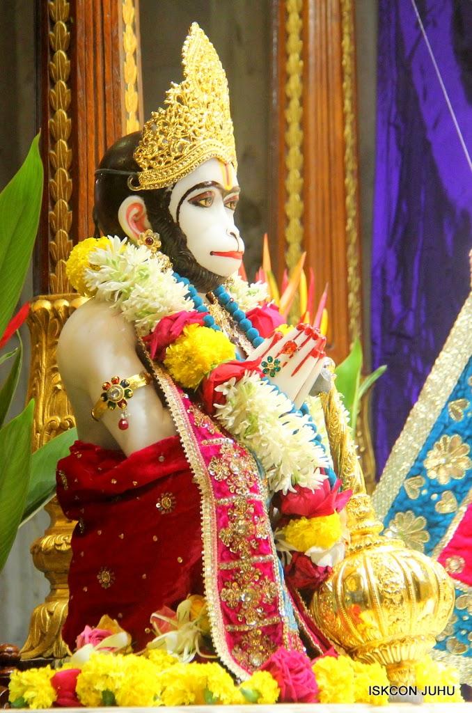 ISKCON Juhu Sringar Deity Darshan on 10th July 2016 (17)