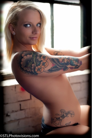 Nikki sims shows tits