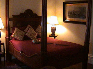 0760Inside_a_Southern_Mansion_-_New_Orleans