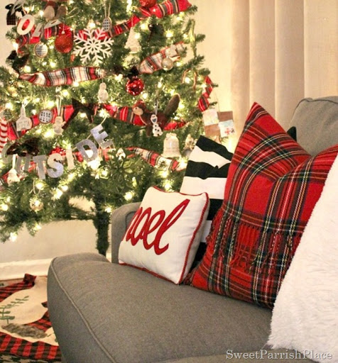 Plaid-christmas-tree-6