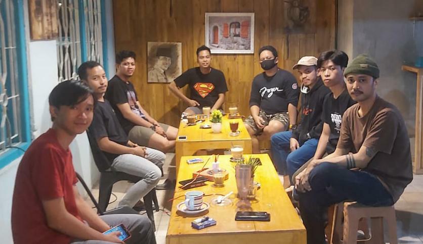 Ketua KNPI Sas Djayusman menerima kunjungan Komunitas skateboard dan BMX Soppeng
