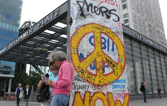 Berlin Potsdamer Platz.jpg