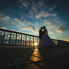 Wedding photographer Roman Vasilev (Romavasylev). Photo of 27.07.2015